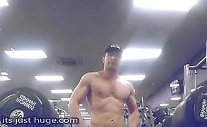 Par'nesis Inaparopriate Content YT reveiwer Stalker strikes again footy shorts Zak Rogerz Video