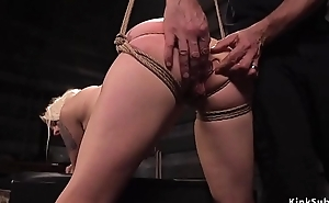 Comme ‡a slave butt stopped and fucked