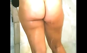Ericakandy77 hotwife milf ma inviting a shower big pawg ass cheeks wet pussy interior