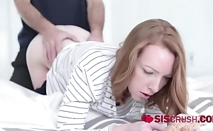 Horny stepbro rams his stepsis cunt after she gives him the blue pill