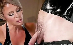 Milf blonde submits misdirect in ribber suit