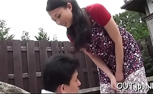 Horny pair can'_t keep hands from ever after other outside